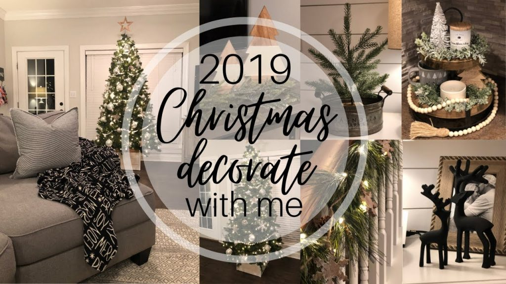 CHRISTMAS DECORATE WITH ME 2019 | Holiday Decor | Home Decor | Clean With Me