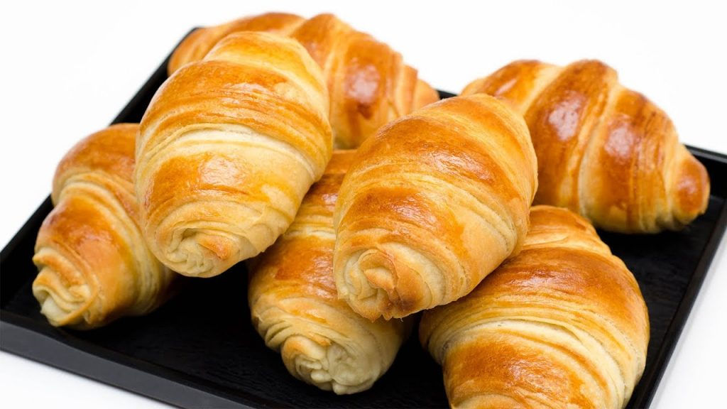 CROISSANT RECIPE l CHRISTMAS RECIPE l EGGLESS & WITHOUT OVEN