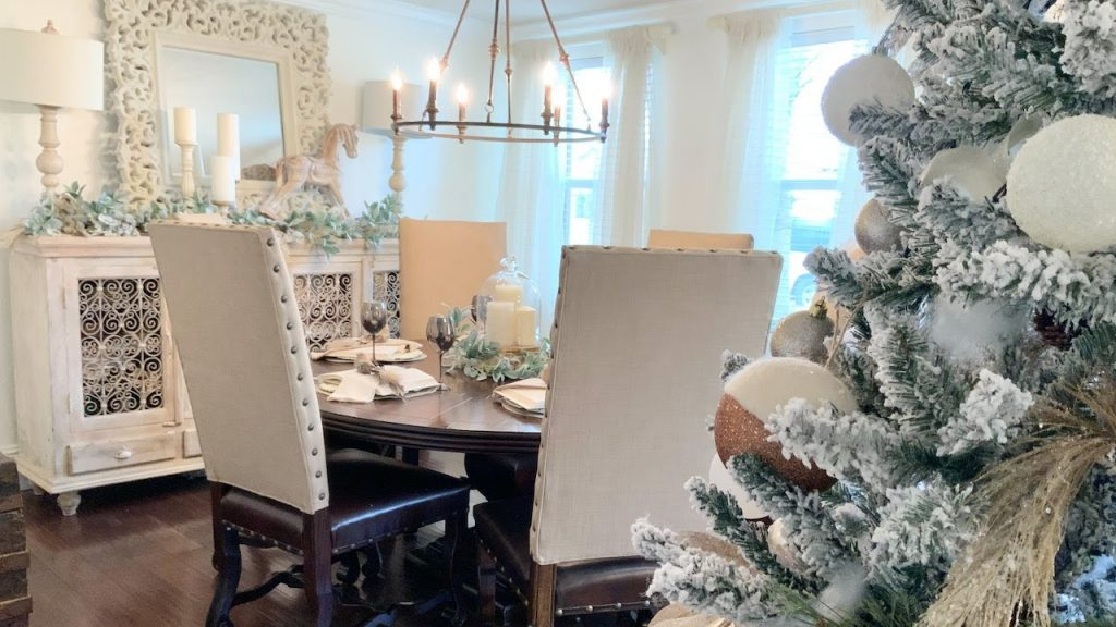 Christmas Decorating Ideas 2020 Tables Decor | Christmas Tablescape Idea