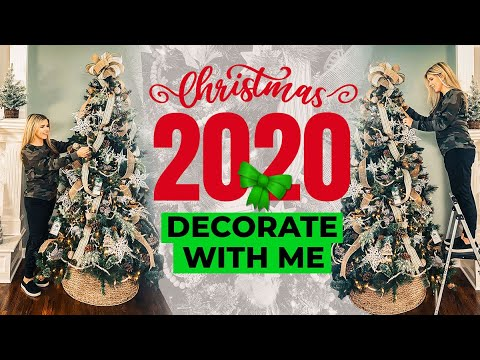 Christmas Tree Decorating 2020 – Easy Step by Step (No Skill Required!)