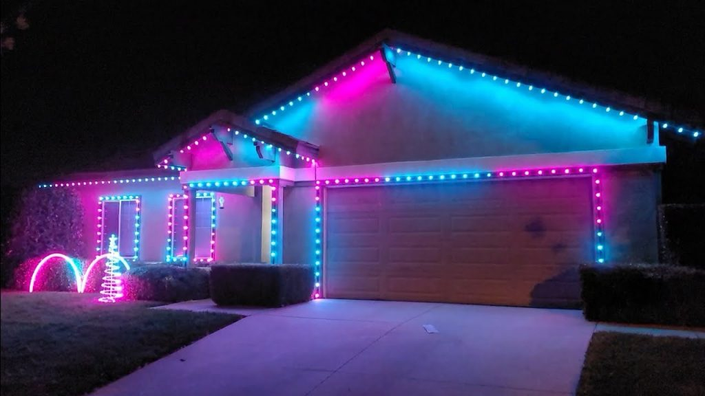 My 2020 Christmas light show is epic
