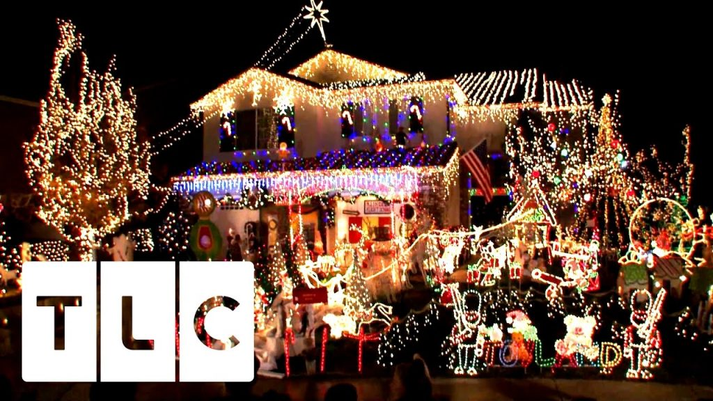 Three-Time Christmas Light Champion | Invasion Of The Christmas Lights